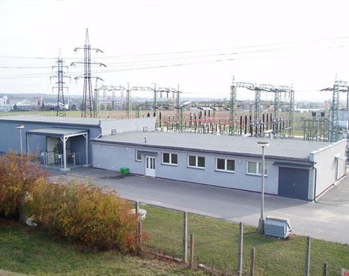 Rekonstrukce fasády včetně zateplení a výměny oken E.ON transforovna Bechyně